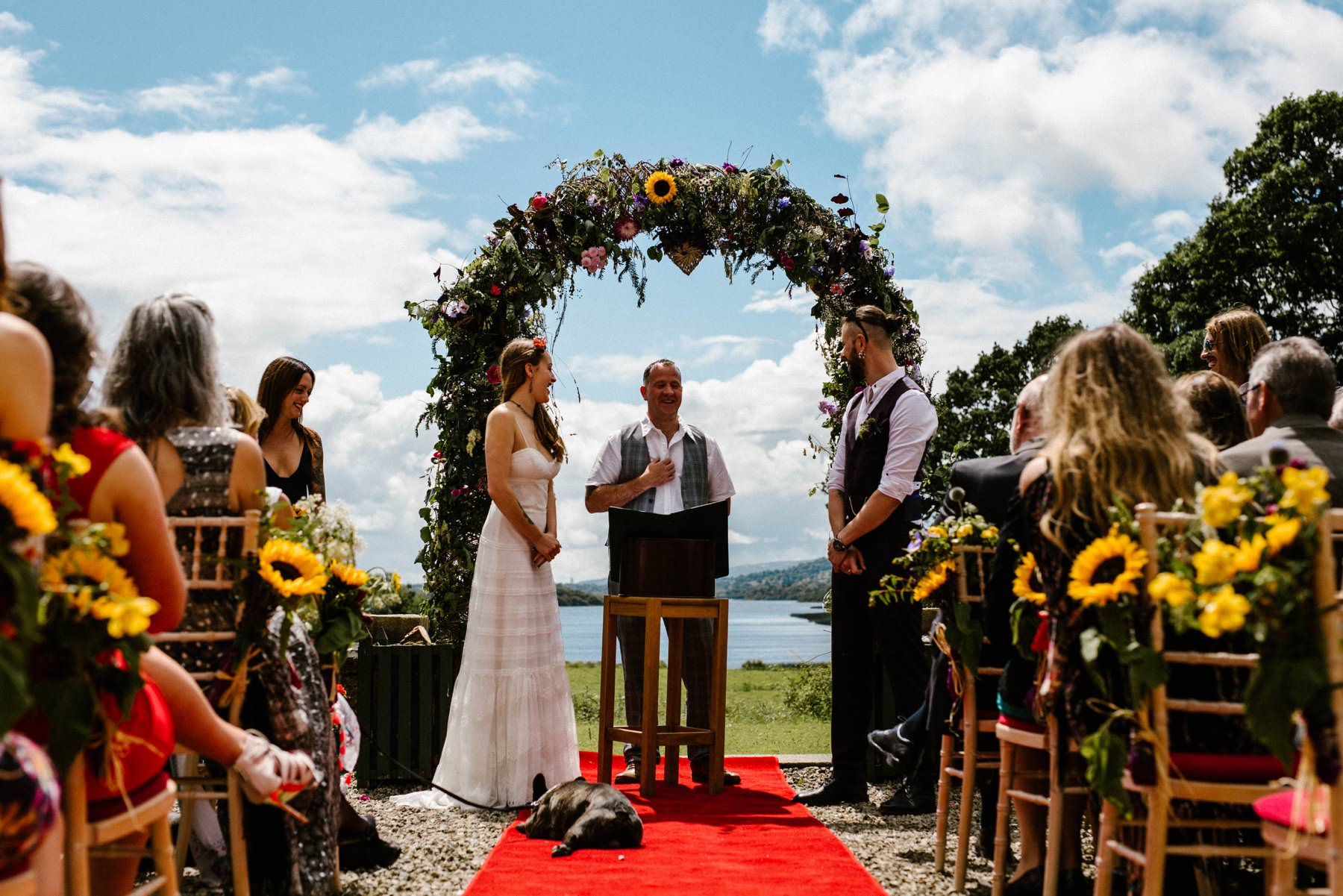 the perfect outdoor ceremony in Ireland by wedding photographer Honey and the Moon Photography