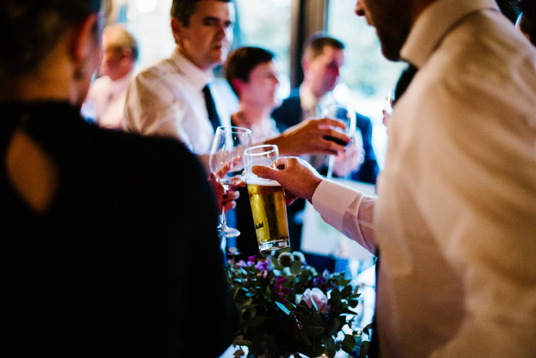wedding photography at deanes at queens restaurant