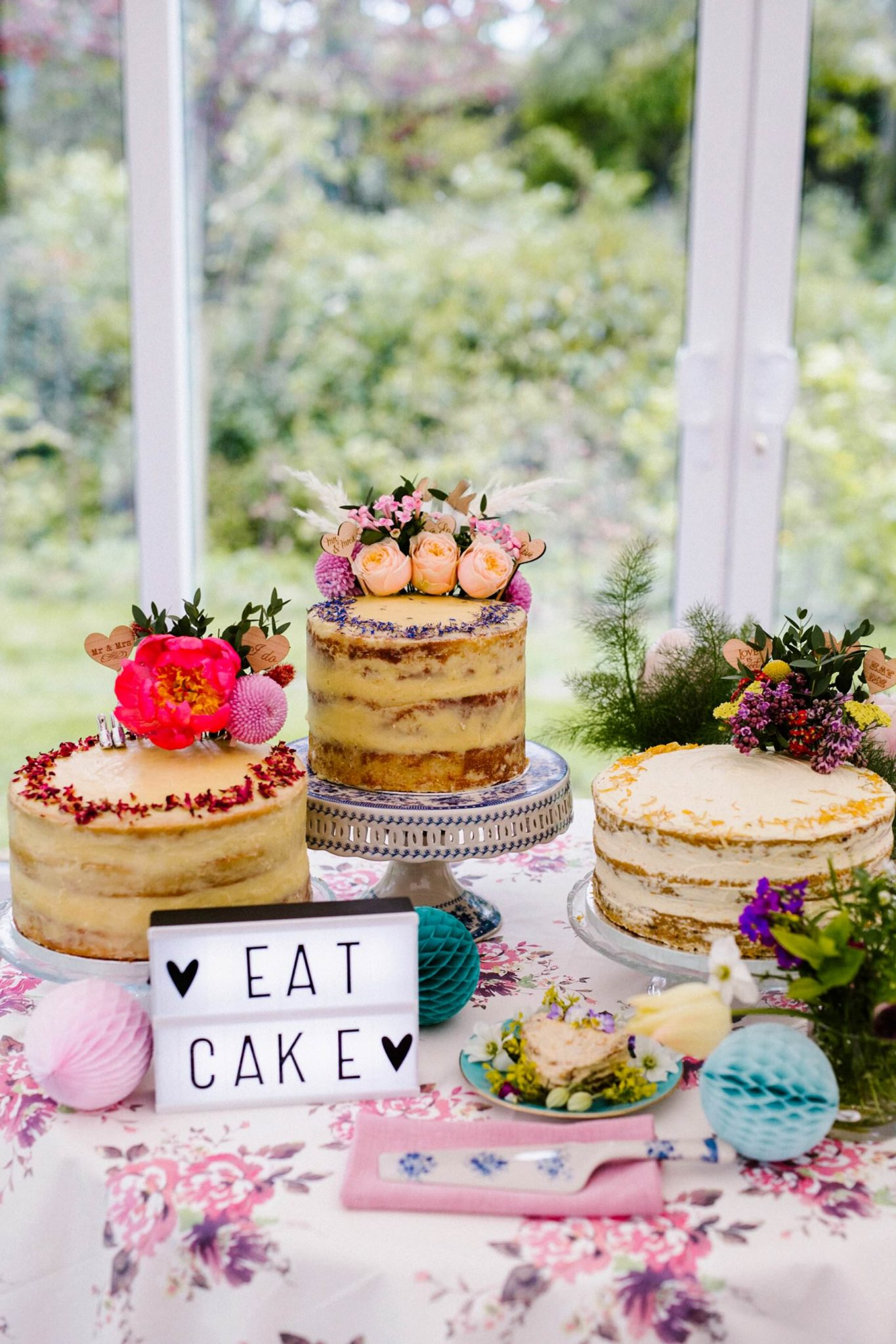 naked cake table wedding photography ireland