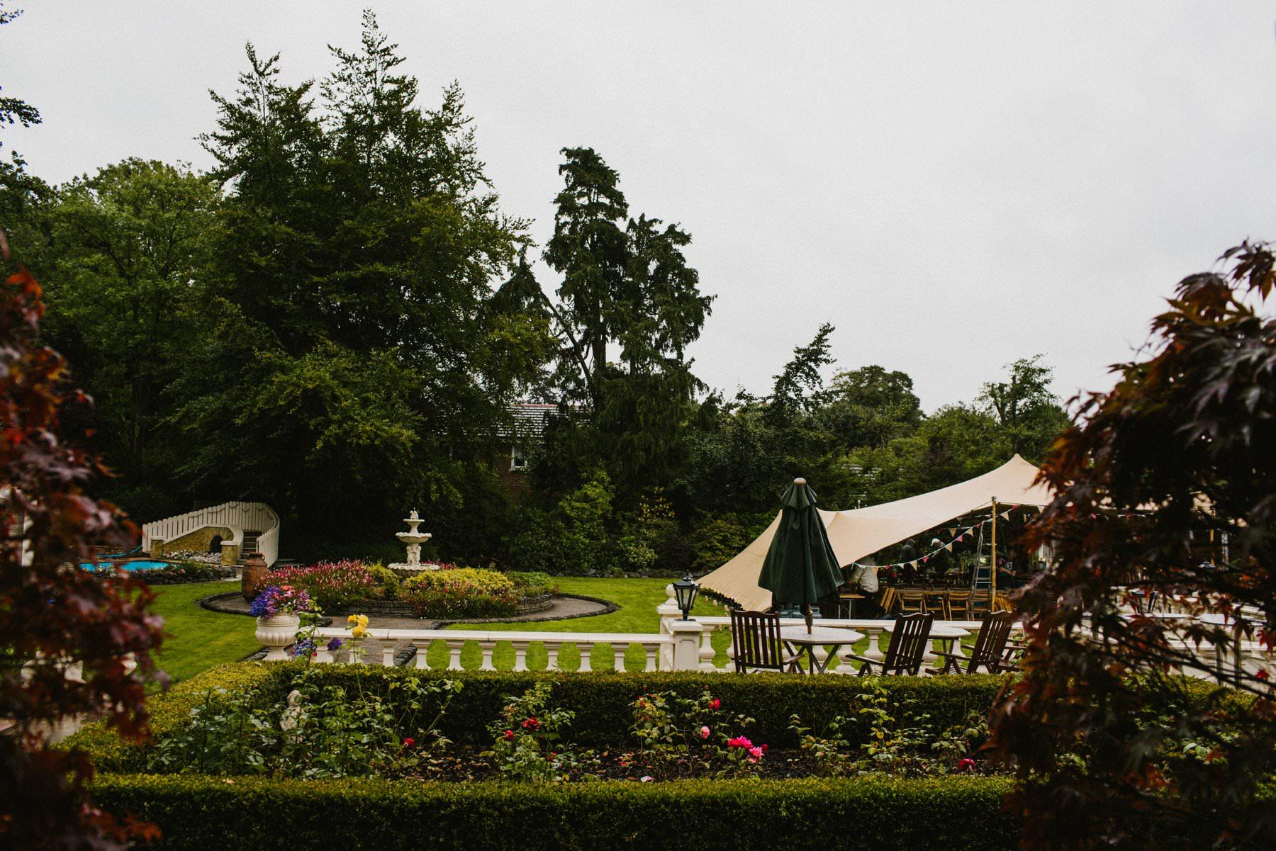 outdoor wedding at glenmore kurgan armagh