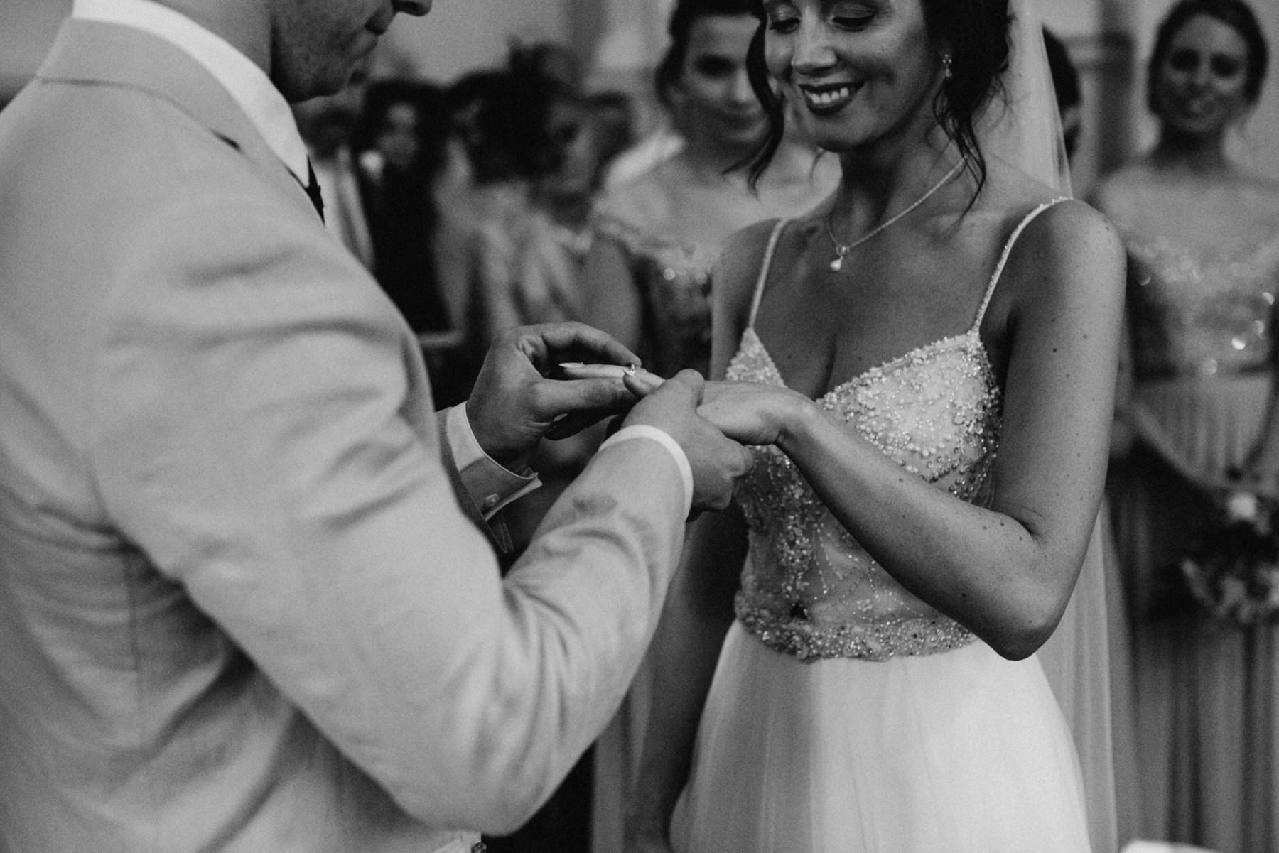 travelling wedding photographer ireland