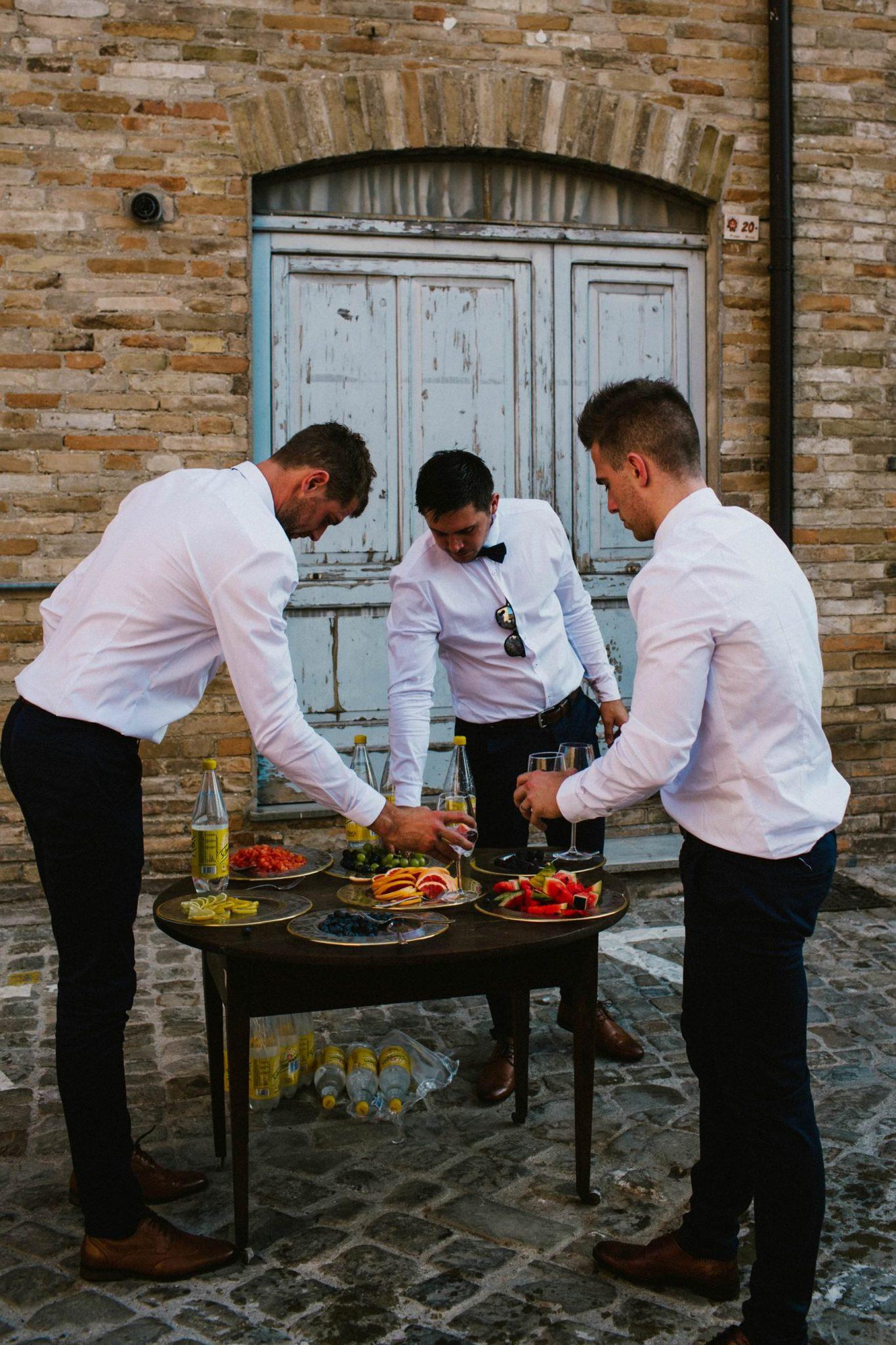 gin bar idea for italian wedding