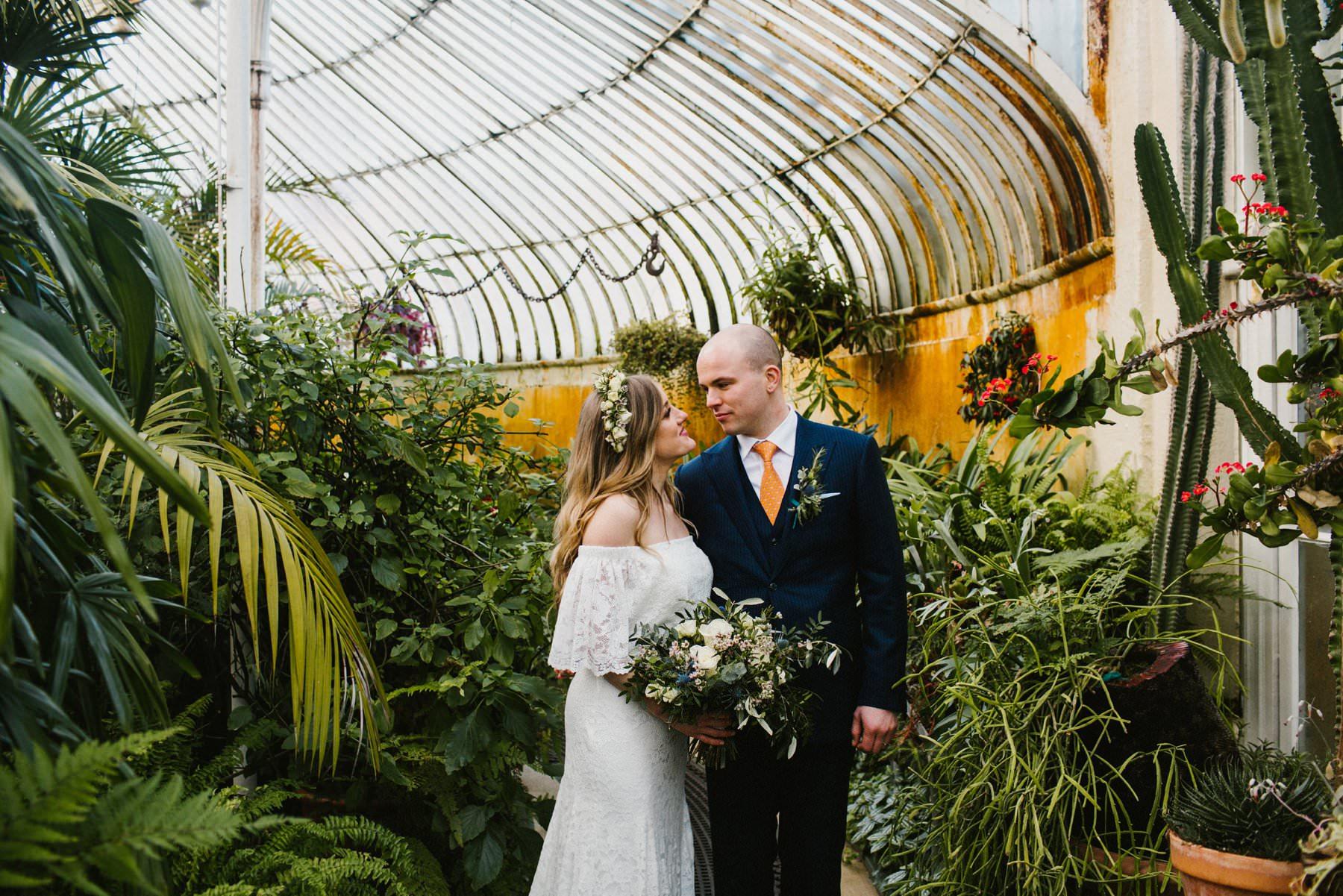 wedding photography at botanic gardens belfast northern ireland