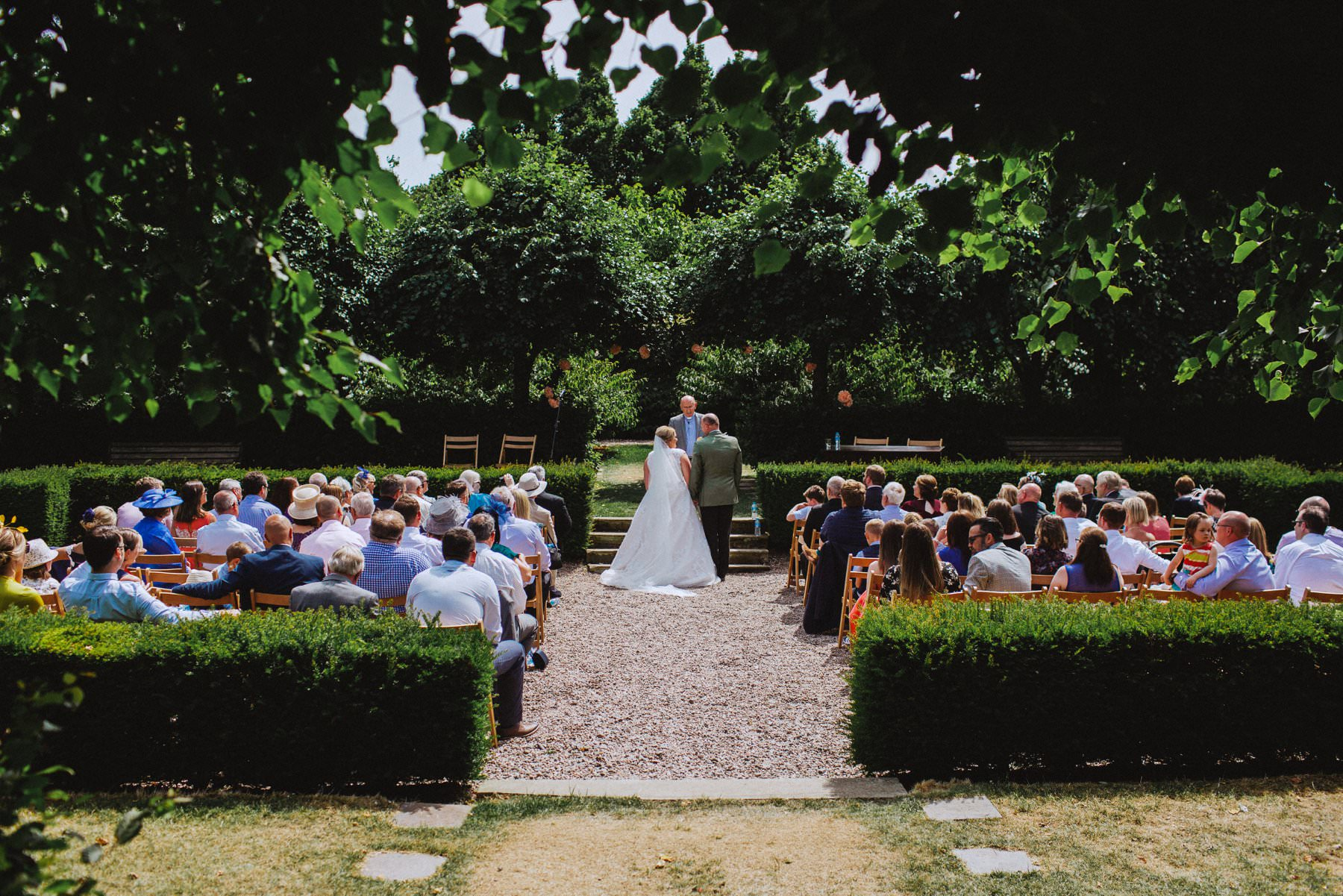 the perfect outdoor wedding ceremony at larchfield